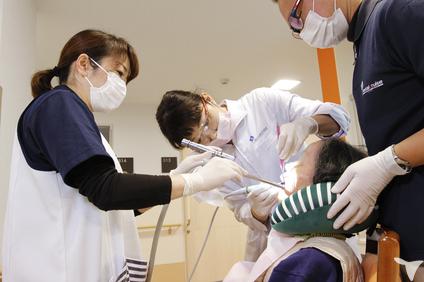 サンフラワービル歯科